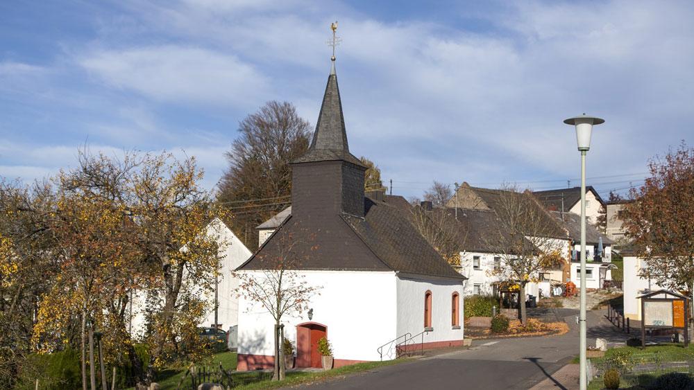Wolzburg_Kirche_1_1000x563