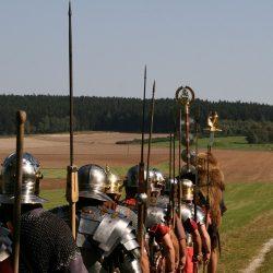 Römer-Kohorte auf dem Ausoniusweg am Archäologiepark Belginum bei Wederath