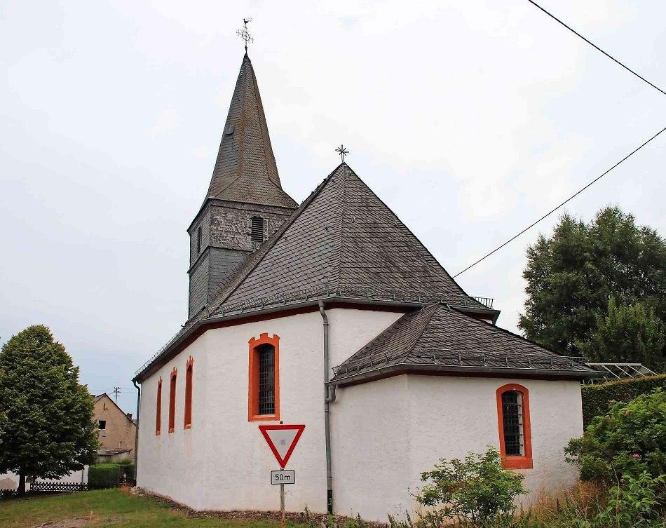 Kirche_Hinzerath_Johannes_der_Taeufer_950x753