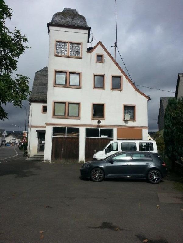 Altes_Feuerwehrhaus_vor_Sanierung_601x801